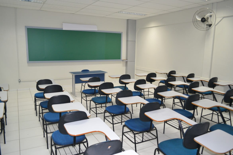 Em Alagoas, 1 em cada 3 candidatos não concluiu o Ensino Médio (Foto: Centro Universitário UniGuairacá)